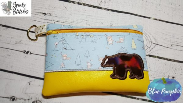 bear zipper bag in the hoop embroidery file by spunkystitches