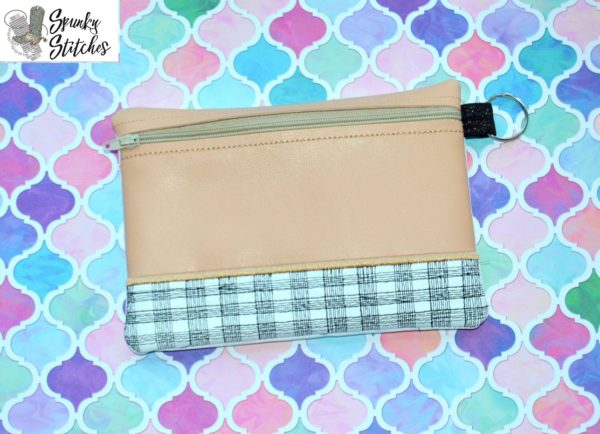 Plaid Bottom Zipper Bag in the hoop embroidery file by spunky stitches