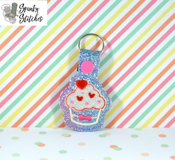 valentine cupcake key fob in the hoop embroidery file by spunky stitches