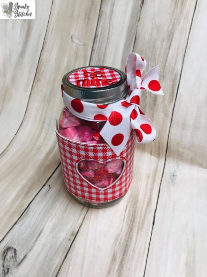 heart jar wrap in the hoop embroidery file by Spunky stitches