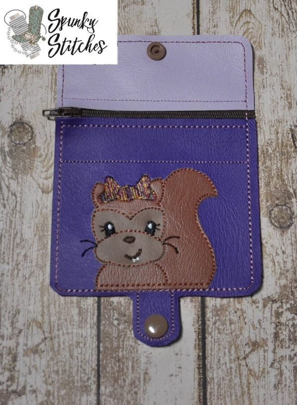 Squireel mini zipper wallet key fob in the hoop embroidery file by Spunky stitches