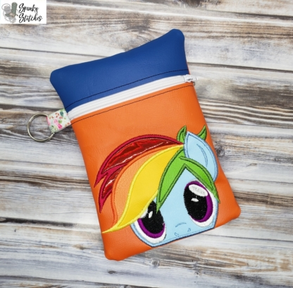 rainbow dash zipper bag in the hoop embroidery file by Spunky stitches