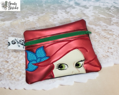 Ariel zipper bag in the hoop embroidery file by Spunky stitches