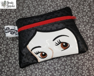 Snow white zipper bag in the hoop embroidery file by Spunky stitches