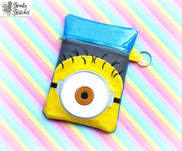 carl zipper bag in the hoop embroidery file by Spunky stitches
